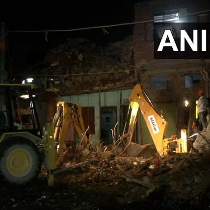 Delhi: 2 dead, 3 injured after building in Seelampur collapses