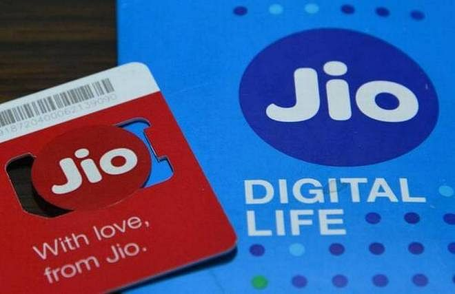 Jio follows Airtel, Vodafone, says it will increase mobile phone tariffs