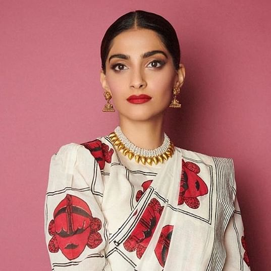 Here's why Sonam Kapoor doesn't read time on her phone anymore