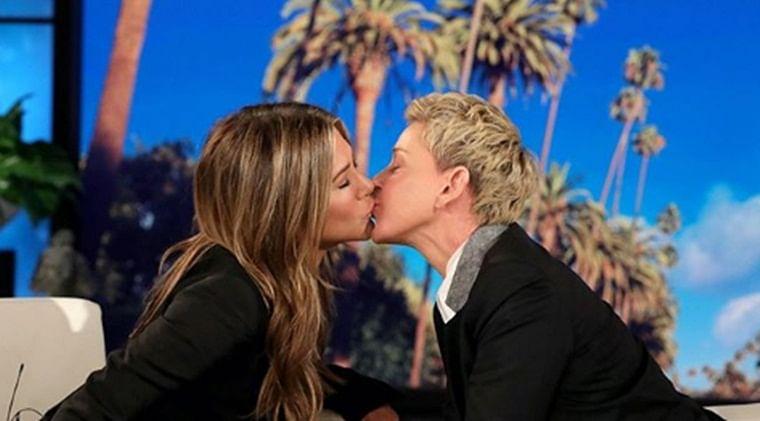 Jennifer Aniston, Ellen DeGeneres seal their friendship with a liplock