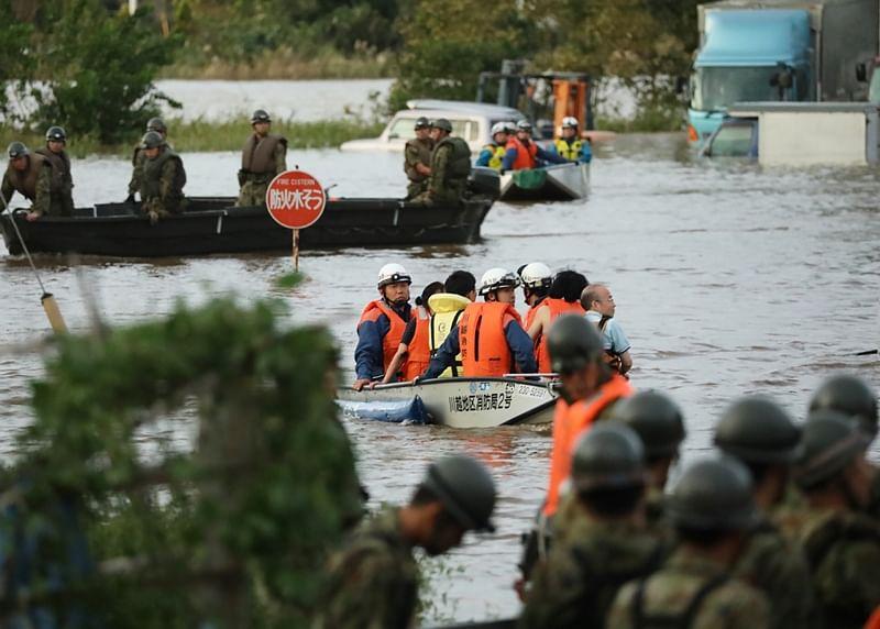 Typhoon kills 33 in Japan, rescue efforts underway