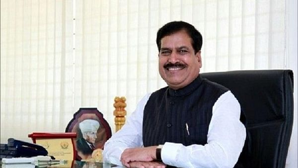 All delayed rail projects to be finished by 2022: Suresh C. Angadi