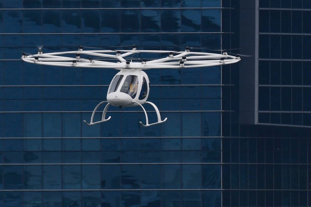 Flying taxi takes over Singapore sky