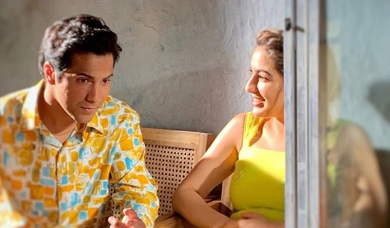 Sara Ali Khan's shayari about 'Coolie No 1' co-star Varun Dhawan is hilarious