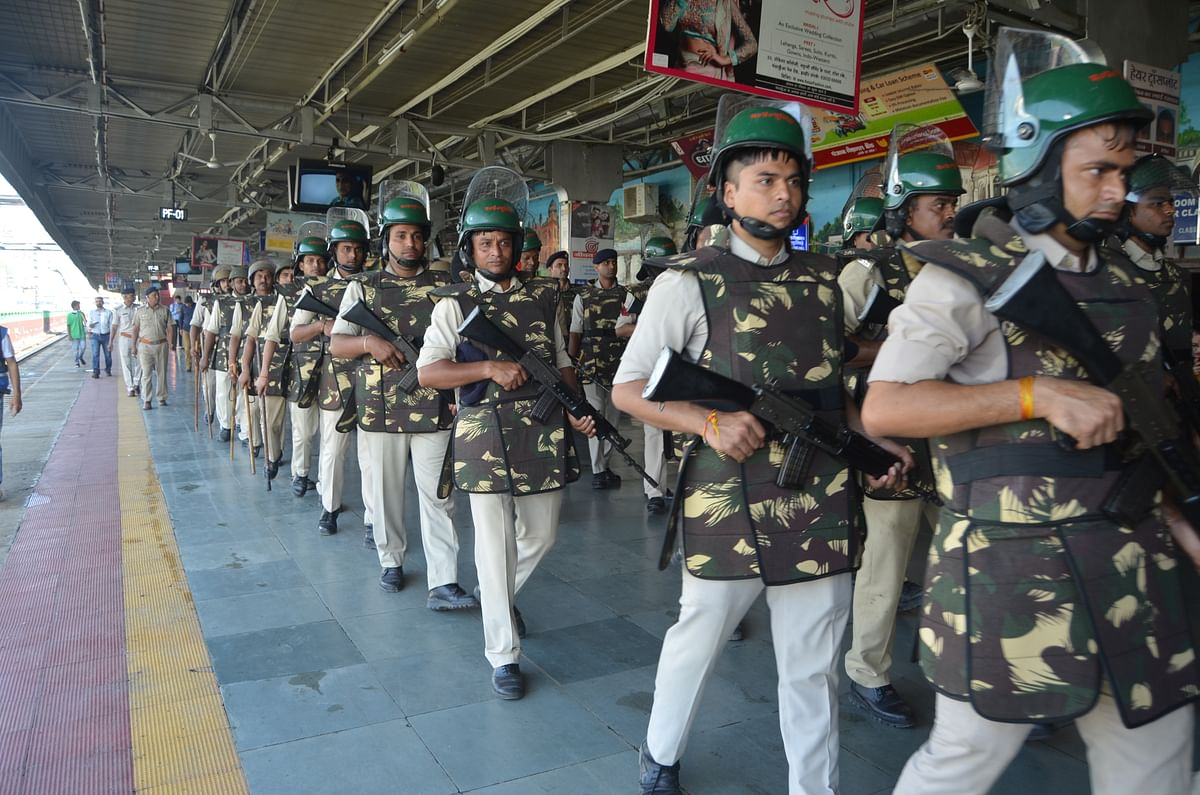 Indore: Ayodhya verdict today; High alert in city, flag march held
