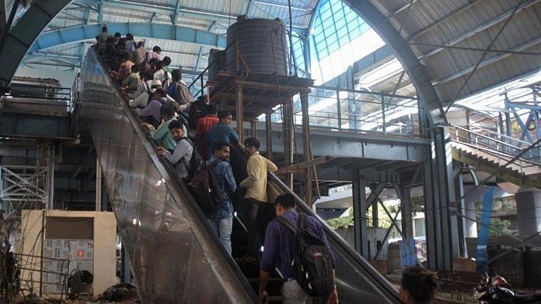 Mumbai: Victory for senior citizens as Western Railways stars work on escalators