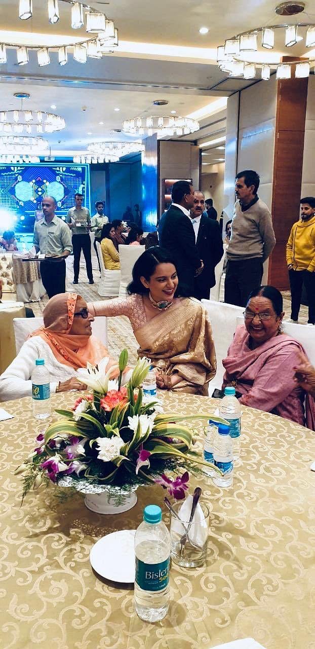 Kangana Ranaut, Rangoli Chandel at brother Aksht's engagement; see pics