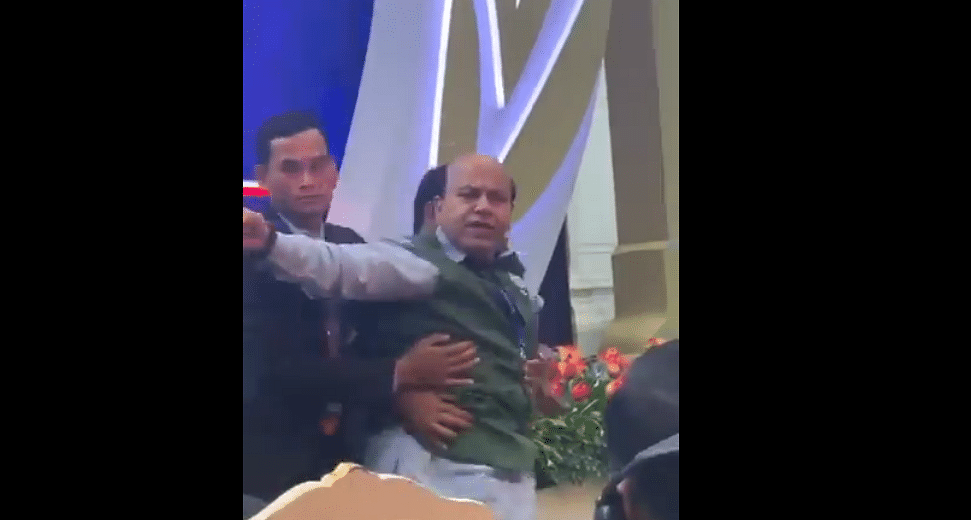 Watch: BJP leader Vijay Jolly thrown out of Asia Pacific Summit in Cambodia