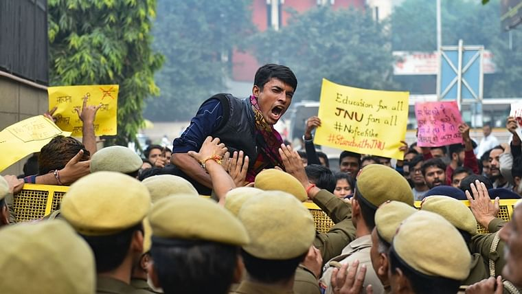 Journalist asks why do poor study obscure subjects at JNU, Twitter hits back