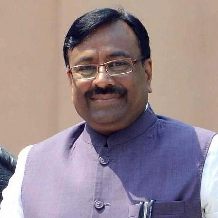 BJP against forming minority government in Maharashtra: Sudhir Mungantiwar