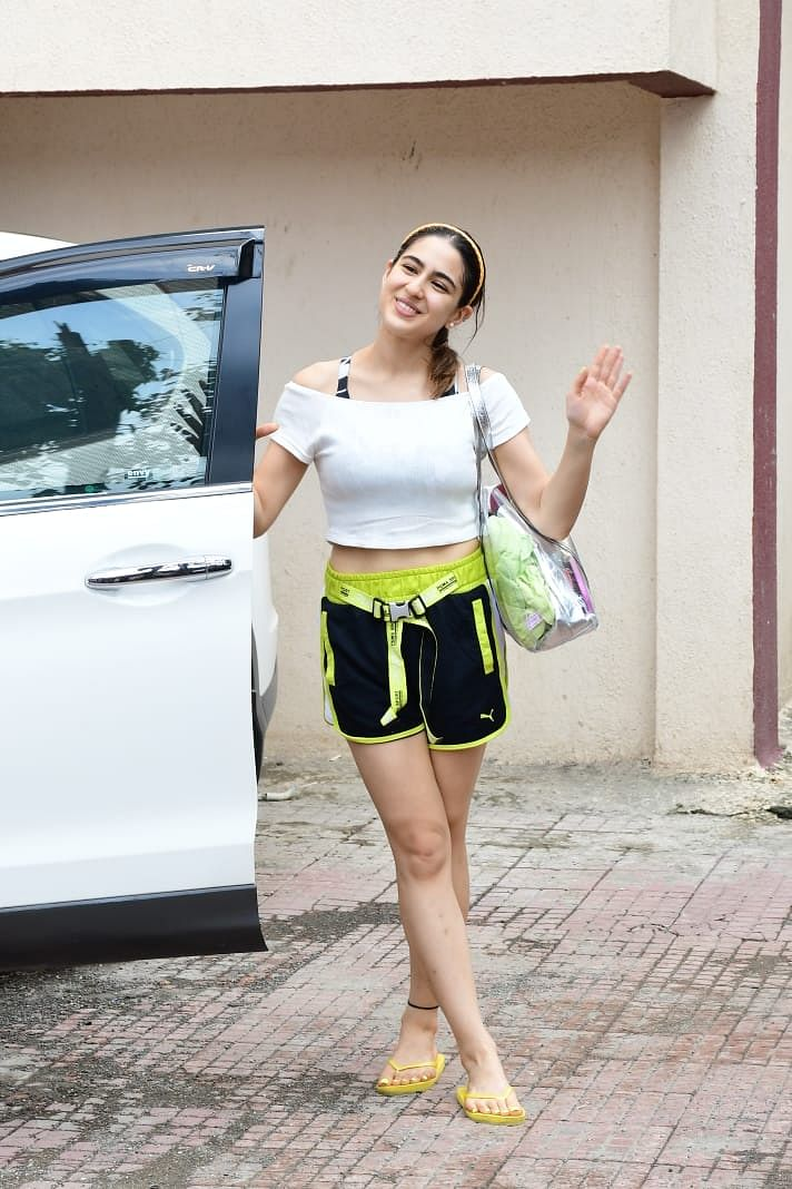 Celebrity Style: Get Sara Ali Khan's chic buckle shorts for just Rs 1800!