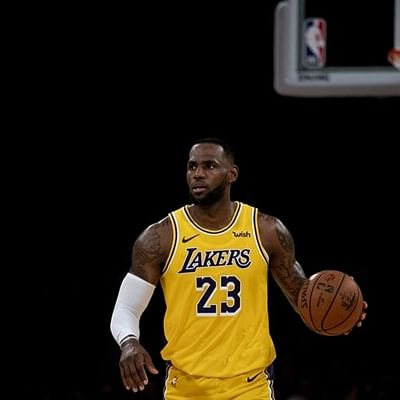 LeBron James sparks Lakers in NBA comeback triumph at Chicago