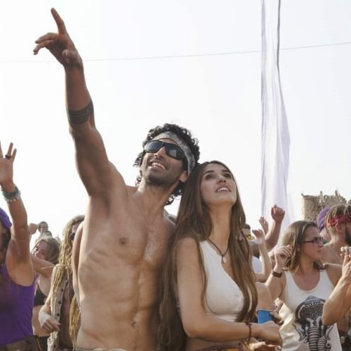 Malang First Look: Aditya Roy Kapur and Disha Patani are absolutely sizzling in this party look