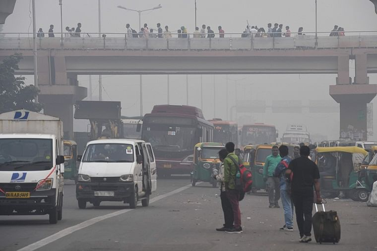 Delhi pollution levels likely to drop due to wind, air quality remains 'very poor'