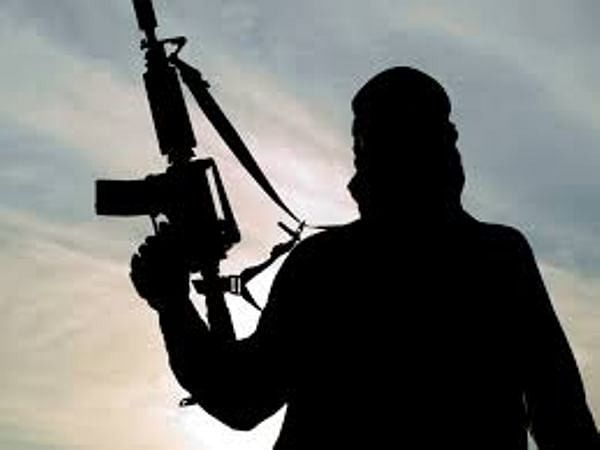 LeT terrorists, others arrested with incriminating material in Kashmir