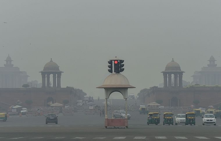 Delhi: Air quality gets better, parents demand 'smog-break' for school kids