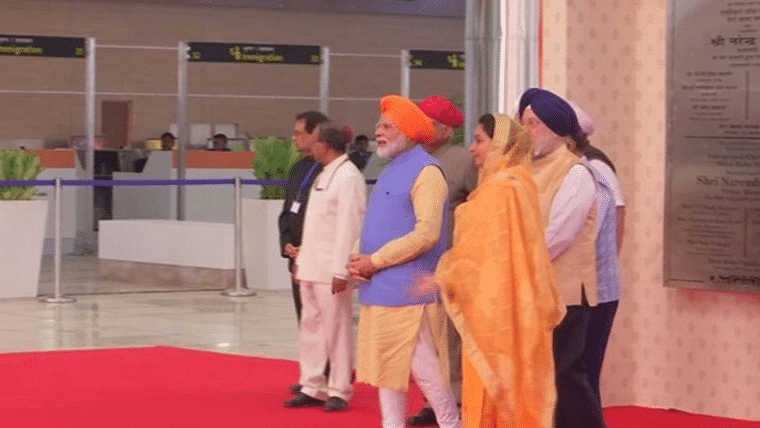 Modi also flagged off the first batch of over 500 Indian pilgrims that will travel to the Gurdwara Darbar Sahib in Narowal district of Pakistan's Punjab province through the Kartarpur corridor