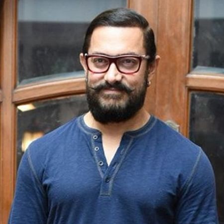 Aamir Khan unveils the logo of 'Laal Singh Chaddha'
