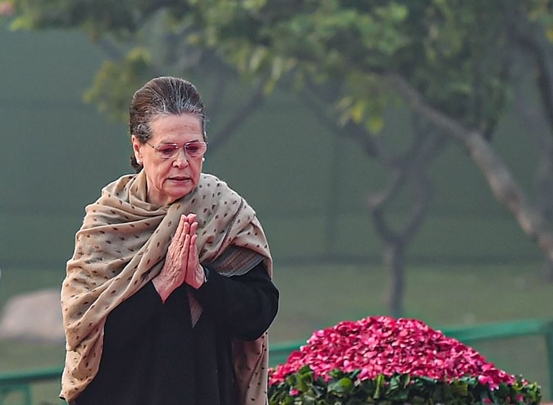 Sonia Gandhi accepts the 'Unacceptable' to be part of Shiv Sena-led dispensation; govt as early as next week