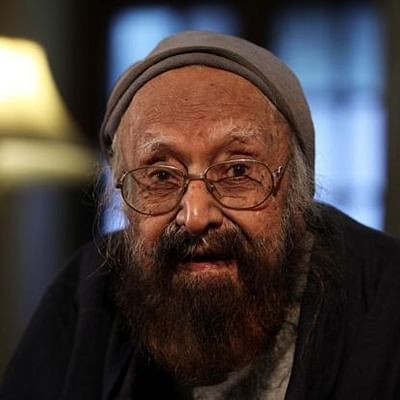 Bhopal: Railway Board finds Khushwant Singh's novel 'obscene', asks vendor to take book off-shelve