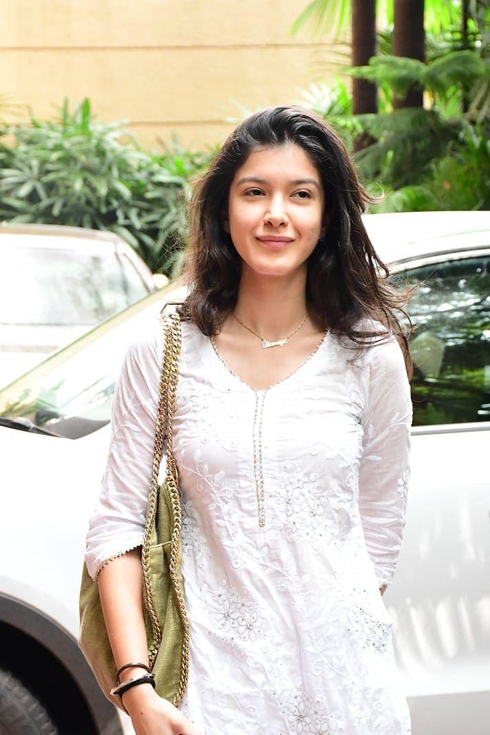 Shanaya Kapoor in Bandra