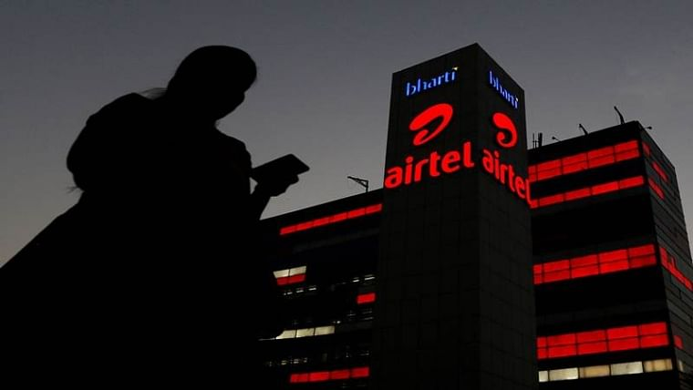 AGR hits Airtel, company posts Rs 23,045 cr loss in Jul-Sep quarter