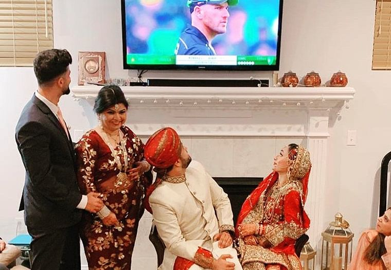 More than a game: This Pakistani couple watched Australia vs Pakistan T20I during their wedding and even ICC can't keep calm