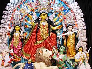 Mamata writes lyrics of popular Durga Puja's theme song; Shreya Ghoshal lends her voice