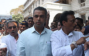 Mumbaikars must ask what govt is doing: Milind Deora on Dongri building collapse