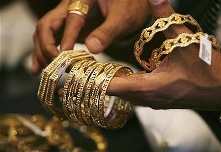 Jewellers may protest against PAN  for deals of Rs 2 lakh and above