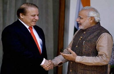Modi calls up Sharif, Jaishankar to visit Pak soon