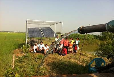 Jalgaon village: Farmers switch to solar pumps, experts fear groundwater exploitation