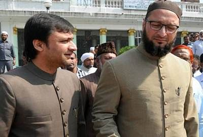 Owaisi brothers, others appear in court in 2005 assault case