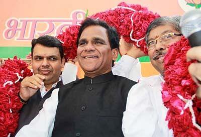 Maharashtra govt now mulls simultaneous polls for civic bodies, ZP