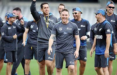 Rain stops South Africa-New Zealand semi-final