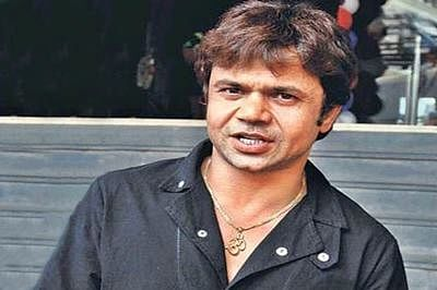 Indore: Rajpal Yadav appears before court in cheque dishonour case, granted bail