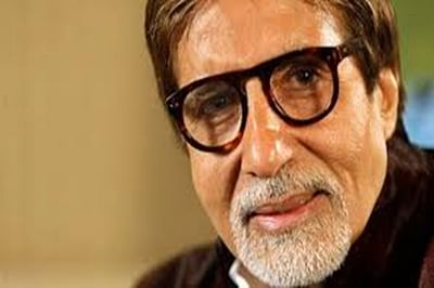 Seeking blessings from celebrity is wrong: Amitabh Bachchan