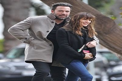 Ben Affleck flies back to Jennifer Garner to 'spend time'
