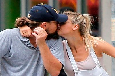 Leonardo DiCaprio, Kelly Rohrbach spotted kissing