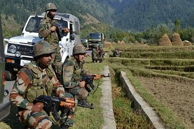 Militants attack Army camp in Tangdhar, two injured