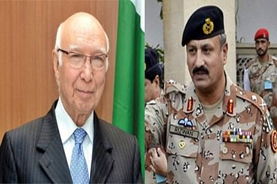 Sartaj Aziz meets ISI chief ahead of NSA-level talks