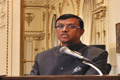 India's Consul General rings Nasdaq closing bell on I-day