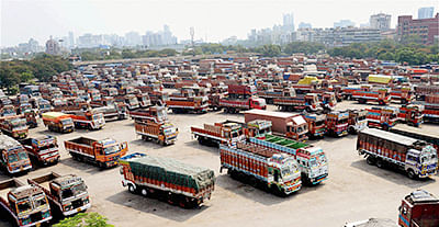 Transporters' bodies stop buying new trucks, say biz environment unviable