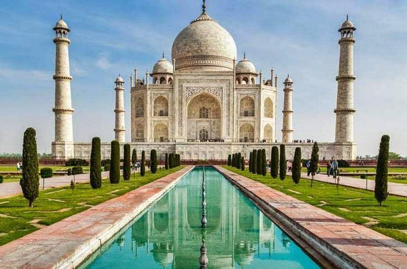Teenaged Maharashtra couple commit suicide after visiting Taj Mahal