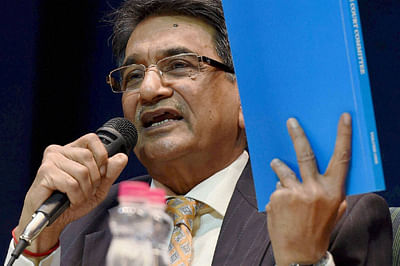 Justice Lodha panel submits report to SC; accuses BCCI of stalling reforms