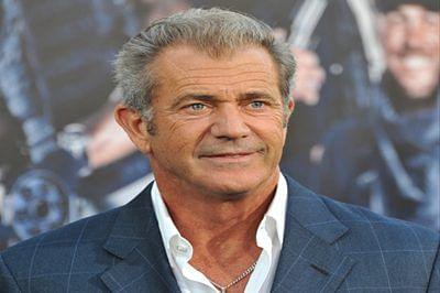 Mel Gibson to present award at Golden Globes