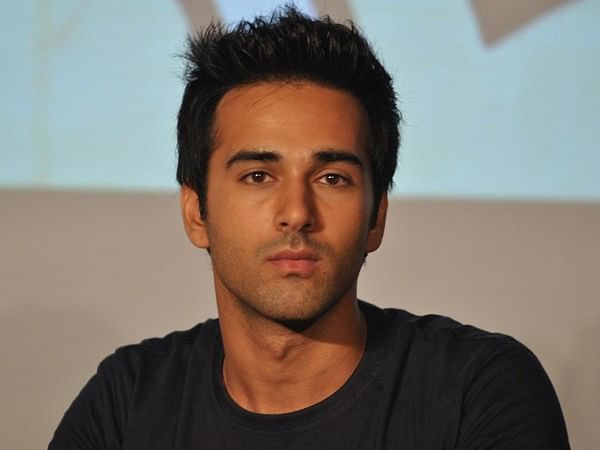 Bollywood romantic films not unreal, but surreal: Pulkit Samrat