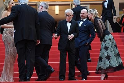 Allen gets standing ovation at Cafe Society Cannes premiere