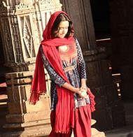 Shraddha Kapoor shoots inside the historical Jama Masjid for 'OK Jaanu'