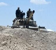 Syria army thrusts into IS bastion as Kurds advance from north